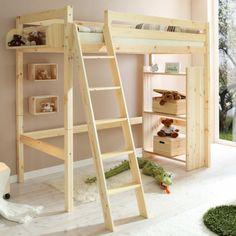 lit mezzanine fly en bois massif clair dans la chambre d'enfant
