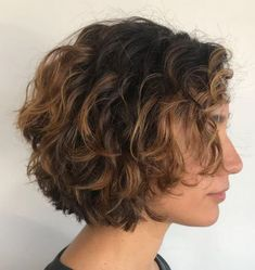 layered curly hair Short Stacked Bob for Curly Hair A short stacked haircut brings balance to full-bodied curls. Curly bob hairstyles are naturally eye-catching because of how v Curly Stacked Bobs, Short Stacked Haircuts, Short Choppy Hair, Short Hair Lengths, Medium Lengths, Short Cuts, Stacked Bob Short, Short Hair Perms, Short Bob Curly Hair