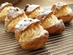 This cream puff recipe is made with choux pastry and filled with vanilla pastry cream. Make frozen cream puffs and fill them with vanilla ice cream. Italian Pastries, Italian Desserts, Just Desserts, Italian Recipes, Dessert Recipes, Italian Cookies, French Desserts, Dessert Food, Puff Pastries