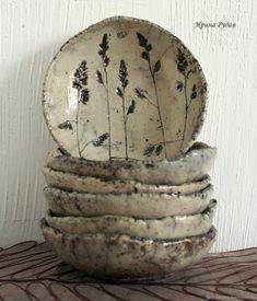 56 creative DIY tableware ideas - Page 22 of 56 Pottery Plates, Slab Pottery, Ceramic Pottery, Pottery Art, Ceramic Clay, Ceramic Plates, Keramik Design, Diy Tableware, Pottery Handbuilding