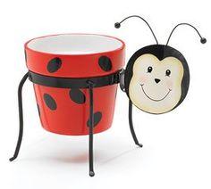 Ladybug Planter Stand With Clay Flower Or Plant Pot Ladybug Collection http://www.amazon.com/dp/B003285AX4/ref=cm_sw_r_pi_dp_3CW4tb0JVF7J8