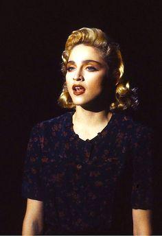 Madonna (1986) Live To Tell (At Close Range)