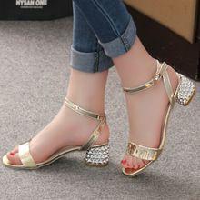 2016 Verano Elegante Atractivo de la Manera de Las Mujeres Zapatos Casuales Gruesa con Sandalias Peep-Toe Zapatos de Tacón Med Playa Brillante Mujer hebilla de Los Zapatos(China (Mainland))