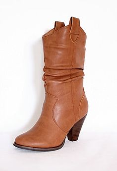 Short Rouched Boot with Heel