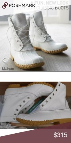 """WHITE LL BEAN BOOTS L.L. BEAN BOOTS GORE-TEX duck 💗RARE WHITE LL BEAN BOOTS  L.L. BEAN BOOTS   GORE-TEX & THINSULATE LINERS INCLUDED(valued at $70)  More pics coming soon. Considering offers.  Only one pair for sale. Tagged women's size 6.  Fits both sizes  6-7 depending on sock thinness/thickness & personal preference of fit.  8"""" height.  Tag:red black wool felt shearling fur lined gray grey L.L. Bean Shoes Winter & Rain Boots"""