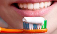Tuore kysely kertoo, että yläkoululaiset laiminlyövät hampaiden harjaamisen.