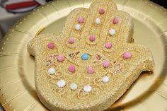 חמסה בעולם אירועים אורכדיה בירושלים Gingerbread Cookies, Henna, Desserts, Food, Tailgate Desserts, Ginger Cookies, Meal, Dessert, Eten
