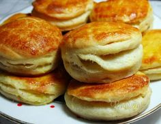 Tento recept mám veľmi rada, pretože je lacný a zemiakové pagáče sú nielen… Slovak Recipes, Czech Recipes, Good Food, Yummy Food, Salty Foods, Savoury Baking, Bread And Pastries, Food 52, Finger Foods