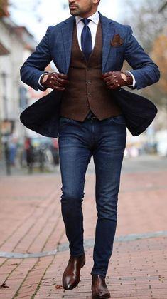 Blazer Outfits Men, Mens Fashion Blazer, Blazer With Jeans, Stylish Mens Outfits, Suit Fashion, Brown Blazer, Fashion Outfits, Men Blazer, Guys Jeans