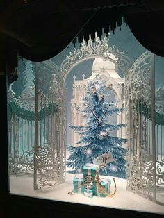 2015 Tiffany Christmas Windows Display in Boston, Massachusetts Christmas Windows, Christmas Store, Noel Christmas, Xmas, Christmas Shopping, Christmas Lights, Visual Merchandising Displays, Visual Display, Display Design