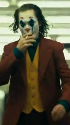 Batman Joker Quotes, Joker Art, Joker Film, Joker Comic, Joaquin Phoenix, Beautiful Nature Scenes, Beautiful Songs, Joker Phoenix, Joker Videos