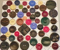 Antique Vintage Buttons Lot 57pc All Bakelite Chunky Carved Molded Asstd Color ...sold for $19.45 in 2013