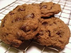 Chewy Mocha Chip Cookies - a grown-up chocolate chip cookie! An Oregon Cottage