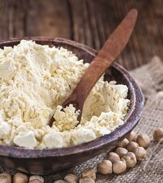 23 Best Benefits Of Chickpea Flour/Gram Flour/Besan For Skin, Hair, And Health Natural Beauty Tips, Health And Beauty Tips, Chickpeas Benefits, Gram Flour, Unwanted Hair, Health Remedies, Cough Remedies, Facial Hair, Hair Removal
