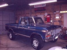 A Brief History Of Ford Trucks – Best Worst Car Insurance 1979 Ford F150, 1979 Ford Truck, Ford Pickup Trucks, Ford 4x4, 4x4 Trucks, Ford Bronco, Cool Trucks, Lifted Trucks, Ford Diesel