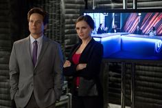 """When TNT's """"Perception"""" returns for Season 2 on Tuesday (June there will be a new character with a familiar face in the mix. Scott Wolf (""""Party of Five"""") talks joining the cast as Donnie Ryan, Kate Moretti's (Rachael Leigh Cook) cheating ex-husband. Rachel Leigh Cook, Scott Wolf, Ex Husbands, Perception, Season 2, Celebrity News, Pop Culture, Interview, Drama"""