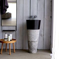 Standwaschbecken aus Marmor in Schwarz und Grau