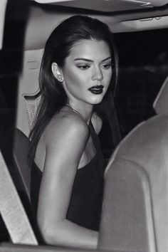 can we take the whole red lipstick in black and white thing cause i really like those