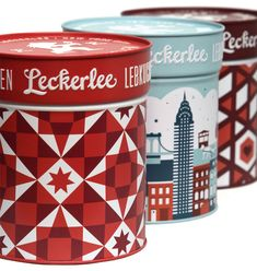 Leckerlee Lebkuchen tins designed by Strohl - The illustrated scene integrates all of New York as a small village, a connected community where everybody shares the spirit of the holiday season http://strohlsf.com/ http://www.leckerlee.com/ #christmas #design