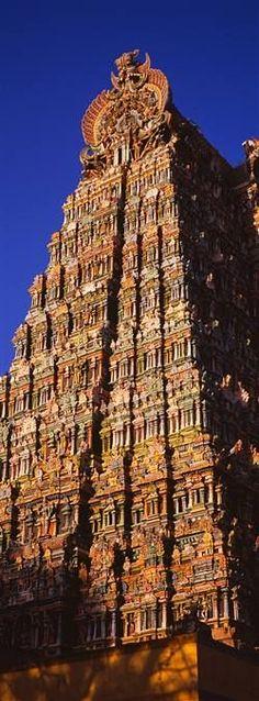 Meenakshi Amman Temple,  Madurai, Tamil Nadu, India