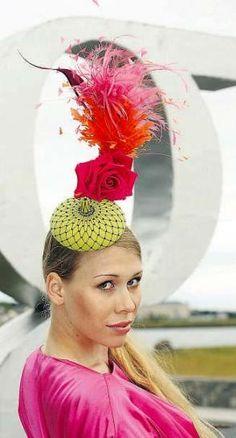 Philip Treacy hat We love this @HouseofCaj