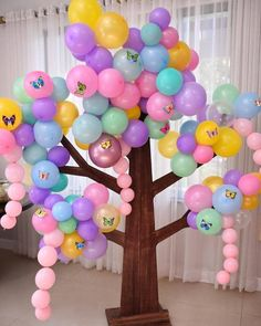 There are many ideas for your baby birthday party, balloon decorations are popular in such parties. Baby Birthday Themes, Birthday Balloon Decorations, Baby Shower Decorations For Boys, Birthday Balloons, Baby Shower Themes, Birthday Parties, Shower Ideas, Balloon Tree, Balloon Columns