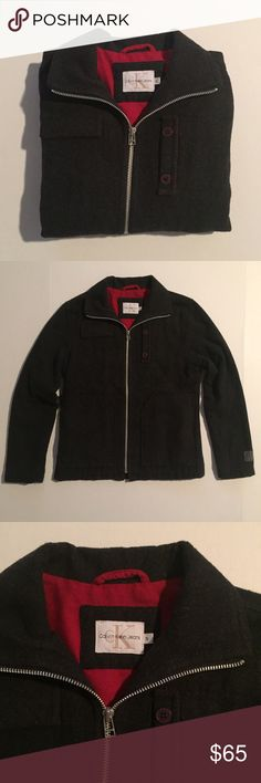 [Calvin Klein] women's zip-up jacket szXS-S [Calvin Klein] women's zip-up jacket szXS-S •🆕listing •good pre-owned condition •very dark charcoal almost black with red lining •may fit XS-S, tag size S •material 55% polyester 45% wool, lightweight warm feel •3 front pockets •offers welcomed using the offer feature or bundle for the best discount•••• Calvin Klein Jackets & Coats