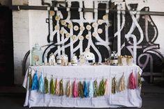Une décoration de table coloré pour un mariage rock'n roll | The Great Palette