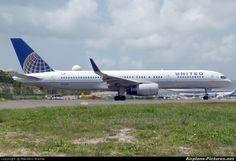 N33132 United Airlines Boeing 757-200