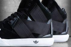 FIRST LOOK AT THE ADIDAS ORIGINALS C-10 | Sneaker Freaker