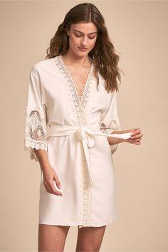 c21a84fcc54 BHLDN s Flora Nikrooz Blythe Robe in Ivory Bridal Lingerie