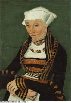 History of fashion (Lucas Cranach the Elder - Portrait of a woman)