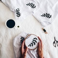 Embroidery - Hand Embroidery - Embroidery t shirt - Embroidery tshirt - Womens c. - Embroidery – Hand Embroidery – Embroidery t shirt – Embroidery tshirt – Womens clothes – White t shirt – Botanical Embroidery – cupofneedles- Source by lucyephotos - Hand Embroidery Stitches, Embroidery Hoop Art, Hand Embroidery Designs, Embroidery On Tshirt, Embroidery Ideas, Embroidery Sampler, Jean Embroidery, Hand Stitching, Beginner Embroidery