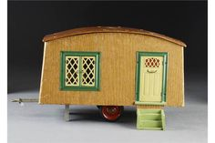 Lot 330 - A rare Tri-ang caravan wooden two-wheeled trailer covered in wood effect paper, tinplate Antique Dollhouse, Dollhouse Miniatures, Dolls House Shop, Doll Houses, Traditional Toys, Old Dolls, Vintage Dolls, Vintage Stuff, Dollhouse Furniture