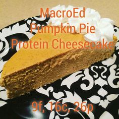 Pumpkin Pie with a healthy twist? Meet our Pumpkin Pie Protein Cheesecake! Protein Cheesecake, Pumpkin Pie Cheesecake, High Protein Recipes, Protein Foods, Healthy Desserts, Dessert Recipes, Heathy Sweets, Protein Desserts, Healthy Meals