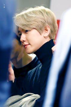 (2) Twitter Baekhyun, Kaisoo, Chanbaek, Celebrity List, Xiuchen, Kpop, My Little Baby, Chinese Boy, Yixing