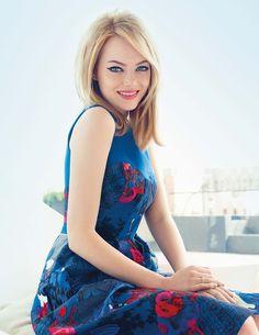 CEVzJQ0 - Beautiful Emma Stone (100 Photos)