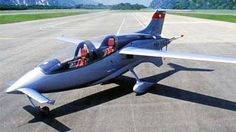 """Aceair A-200 AeriksEn primer A-200 (número de registro HB-YKS) voló el 29 de mayo del 2002. En 2003, se iluminó en varias demostraciones de aire, lo que provocó un cierto interés. Pero con la misma rapidez que el avión desapareció de la vista. La razón de esto fue la negativa de la empresa austriaca Motores de diamante de más motores de producción GIAE-110R, que se convirtió en el """"corazón"""" Aeriks. motor de repuesto no se encuentra y en 2004 la compañía Aceair cesó sus actividades."""