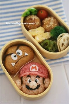 マリオ&クリボー*キャラ弁 - Super Mario bento This is first time to see! Cute Bento Boxes, Bento Box Lunch, Bento Kawaii, Food Art Bento, Japanese Food Art, Japanese Lunch, Cuisine Diverse, Bento Recipes, Bento Ideas