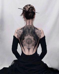"⠀⠀⠀⠀⠀⠀⠀⠀⠀ATTITUDE CLOTHING Co. on Instagram: ""Stunning back tattoo🖤😍 How many tattoos do you have, if any?💉 . 📷@bgxgrim, @tattoo_ham, @frame.seoul . . . #attitudeclothing #gothic…"" Cover Up Back Tattoos, Back Tattoo Women, Cover Tattoo, Tattoo Back, Tattoo Spine, Gothic Tattoo, Dark Tattoo, Unique Tattoos, Beautiful Tattoos"