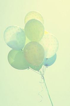 Shades of Blue and Green Pastel Balloons Bubble Balloons, Helium Balloons, Pastel Balloons, Pastel Colors, Colours, Color Menta, Pretty Pastel, Belle Photo, Shades Of Green