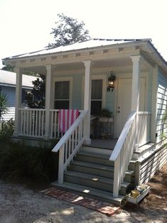 A Vintage Beach Cottage in Seagrove, Florida. #Beachcottages