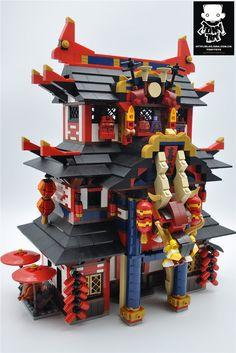 Japan Architecture, Chinese Architecture, Lego Sculptures, Sculpture Art, Lego Builder, Lego Store, Brick Loft, Lego Mecha, Lego Modular
