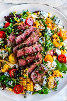 Balsamic Steak Gorgonzola Salad with Grilled Corn - A 20 minute, delicious steak and salad dinner recipe with tomatoes, onion, gremolata and vinaigrette. Salad Recipes For Dinner, Dinner Salads, Healthy Summer Dinner Recipes, Recipes For Salads, Dinner Entrees, Beef Recipes, Cooking Recipes, Healthy Recipes, Grilling Recipes