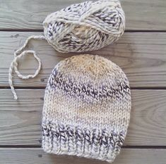 Make this simple knit hat with Wool-Ease Thick & Quick! Free pattern calls for 1 skein of yarn and sizes 13 (9 mm) and 15 (10 mm) circular knitting needles. Find the pattern by Carol Tyler on Ravelry!