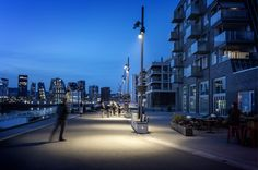 Sørenga, Oslo, Norway – Client: Bjørvika Infrastruktur AS – Lighting project: ElectroNova AS – Photo: Tomasz Majewski - Lighting products: Multiwoody, Ledplus by iGuzzini Illuminazione Bollard Lighting, Outdoor Lighting, External Lighting, Public Realm, Path Lights, Lighting Manufacturers, Light Architecture, Light Project, Landscape Lighting
