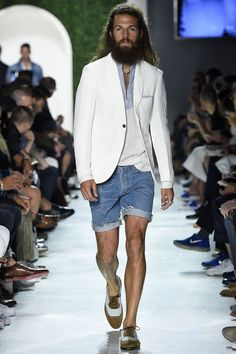 Cool look- Michael Bastian SS 2016- I need my shorts a little longer, but it's dope and I will have a look like this on the blog.