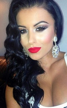 Always afraid to wear red lipstick. But I love it!