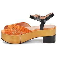 Socques Sandales Robert Clergerie ERS PAILLE-AGRUME  http://www.spartoo.com/Robert-Clergerie-ERS-x181137.php
