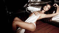 Irina Shayk bra size  on actressbrasize.com  http://actressbrasize.com/2013/11/26/irina-shayk-bra-size-body-measurements/